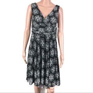 Maggy London B&W Floral Dress Brand New Sz 6P